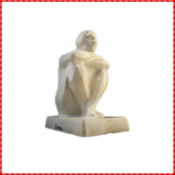 nude figurine-012
