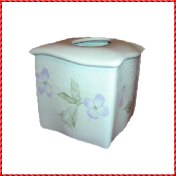 tissue holder-051