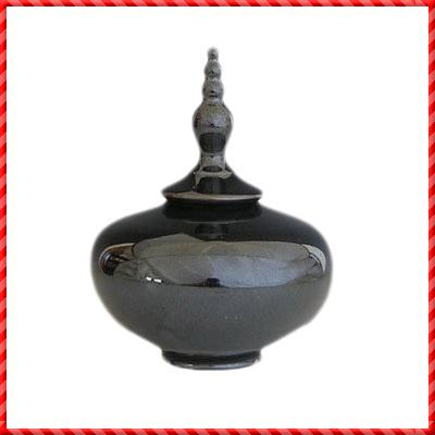 urns-266