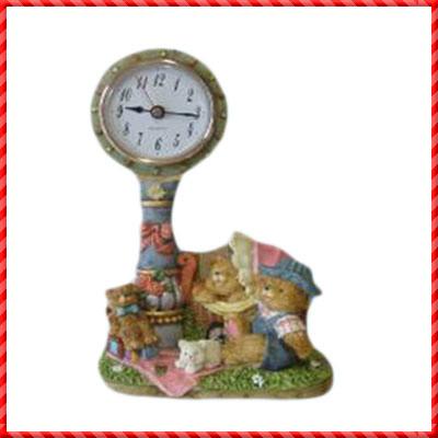 resin clock-049