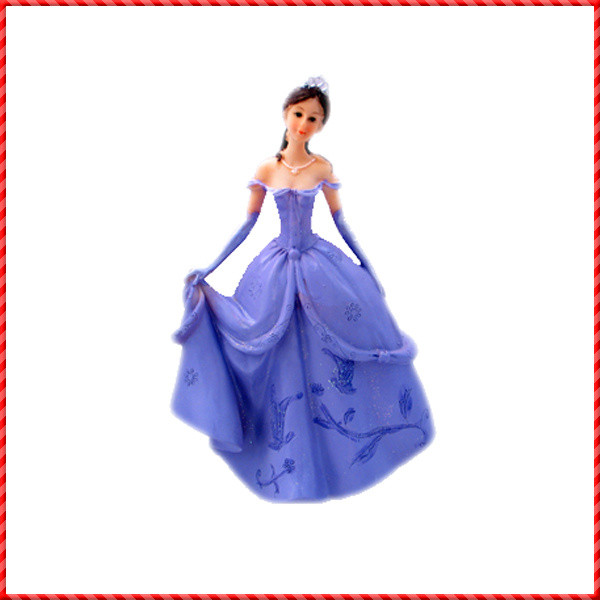 princess figurine-023